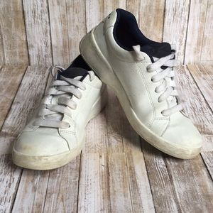 ❤️Vintage Tommy Hilfiger Leather Sneakers❤️